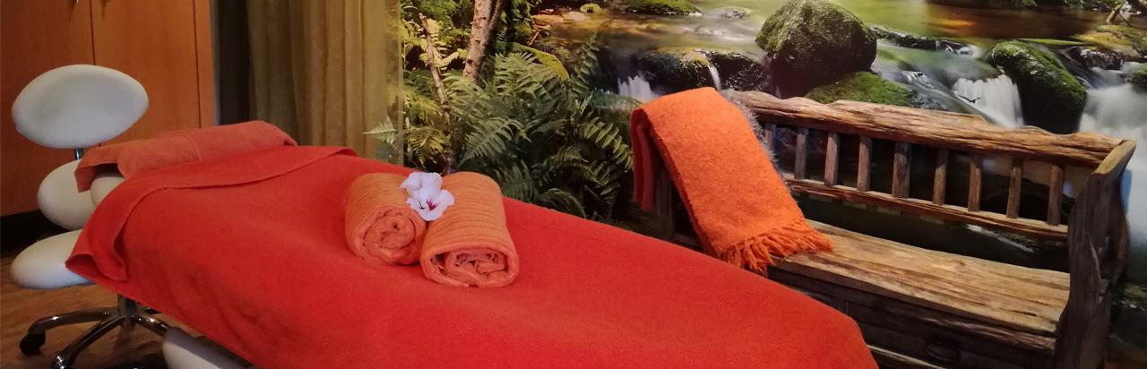 Behandeltafel bij Masaka te Leende massage tafel